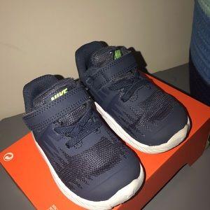 Toddler Nike Star Runners